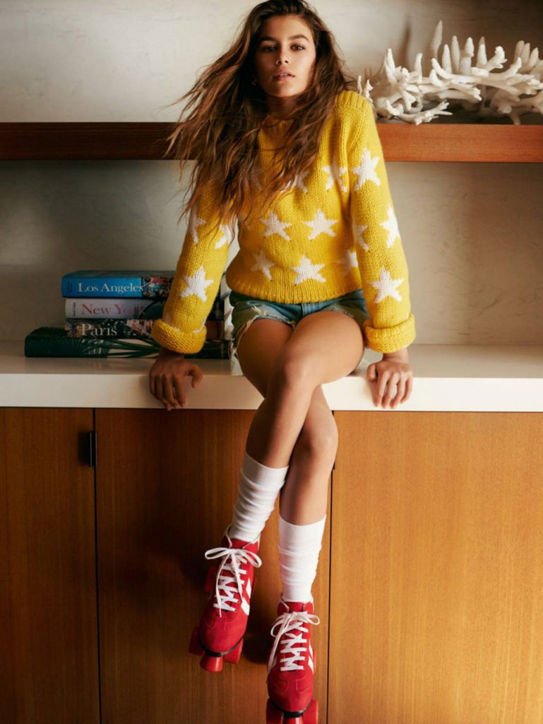 Kaia-Gerber-Presley-Gerber-Cindy-Crawford-Vogue-Paris-April-2016_10